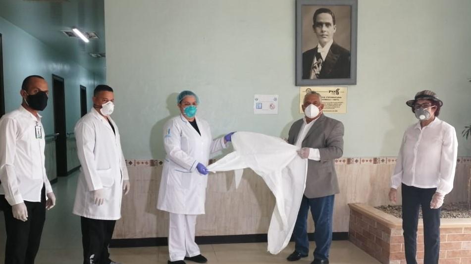 COOPFENATRASAL DONA OVEROLES DE PROTECCIÓN A HOSPITAL ESTRELLA UREÑA