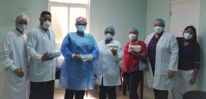 Hospital Estrella Ureña entrega gafas protectoras a enfermeras